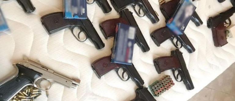 Снимка: Наши бандити пращали оръжие и хероин в Англия