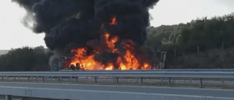 """Пожар затваря втора магистрала днес.Движението по АМ """"Марица"""" от пътен"""