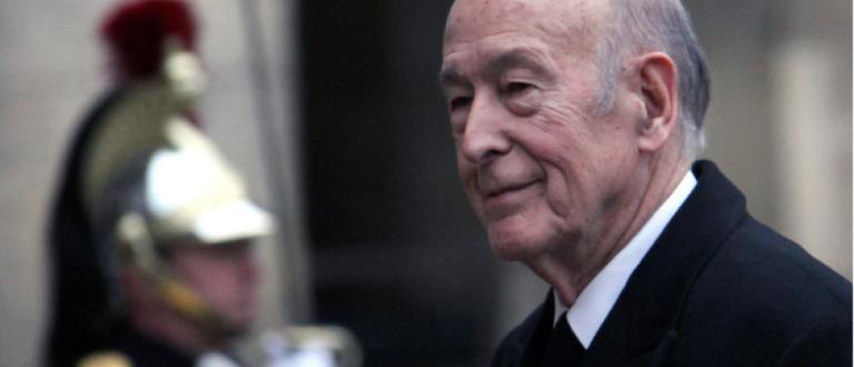 Президентът на Франция Валери Жискар д`Естен /1974-1981/ е починал, съобщават