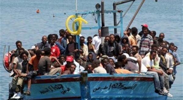 Кораб на малтийските въоръжени сили спаси две надуваеми лодки с