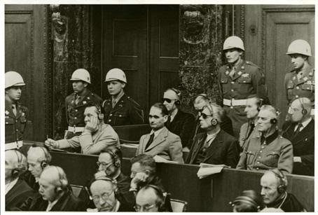 Главните нацистки военнопрестъпници пред съда в НюрнбергПроцесът срещу нацистите се