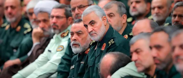Иранският генерал Касем Солеймани стана жертва на собствената си медийна