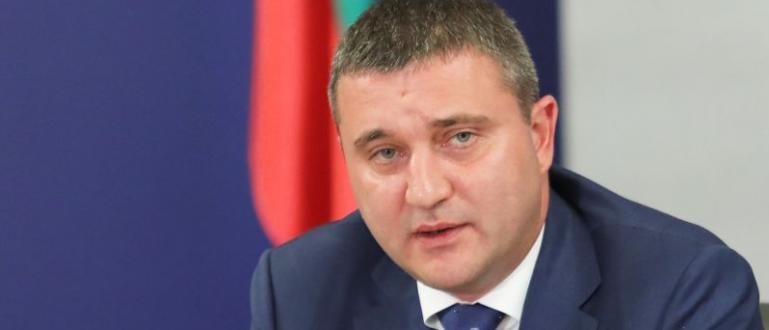 Българското правителство е легитимно и може да бъде сменено само