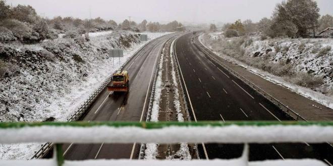Зимният студ избърза и вече застигна Испания. Обилните снеговалежи навредиха
